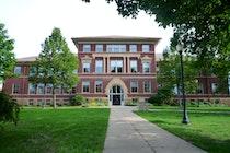 University of Wisconsin River Falls